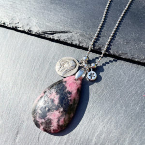 collier-rhodonite-belle-lune