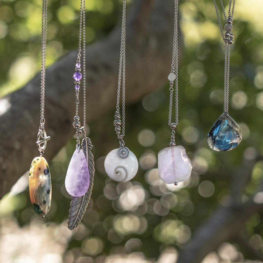collier-belle-de-lune-bijoux