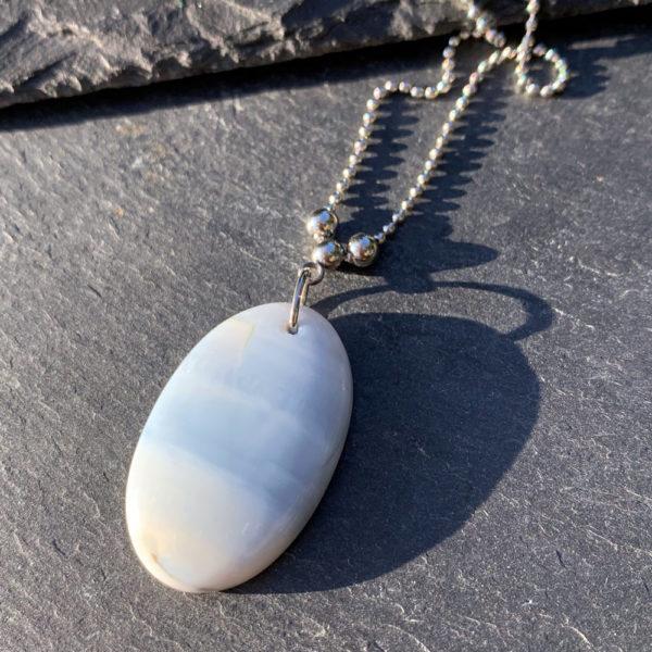collier-opale-belle-lune