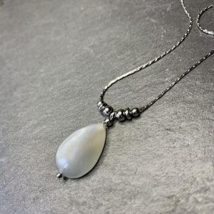 collier-pierre-lune-belle