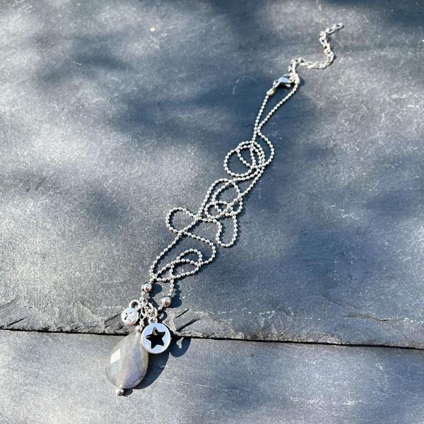 collier en labradorite pour femme Belle de lune