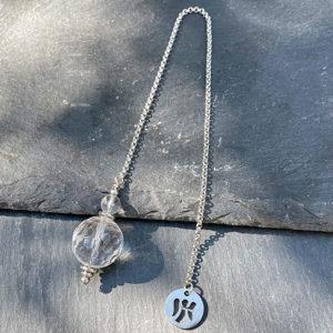 pendule-divinatoire-cristal-roche-belle-de-lune