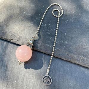 pendule-divinatoire-quartz-rose-belle-de-lune